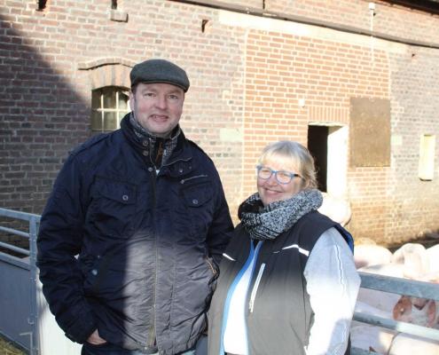 Klaus und Marianne Albersmeier arbeiten Hand in Hand – bei Umbau, Tierversorgung und Vermarktung