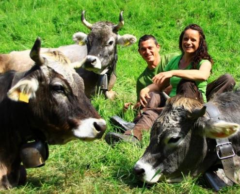 Wir gehen nochmals einen Schritt weiter auf der Obermettlen – mit unserem Projekt Herbstzeitlose; solidarische Landwirtschaft im Bereich Nutztierhaltung.
